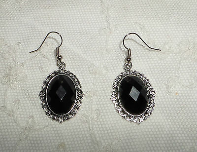 Victorian Style Black Acrylic & Filigree Dark Silver Plated Earrings Snv