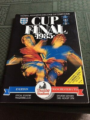 1985 FA Cup Final Programme, Everton v Man Utd, signed by officials