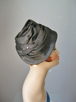 Vintage 1950s Turban or Toque Style Black and White Folded Fabric Hat