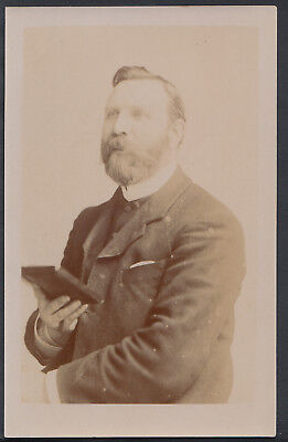 Religion Postcard - Clergy - Unknown Real Photo of a Preacher    RS5333
