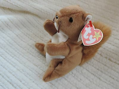 New Ty Beanie Babies Nuts the Squirrel Retired
