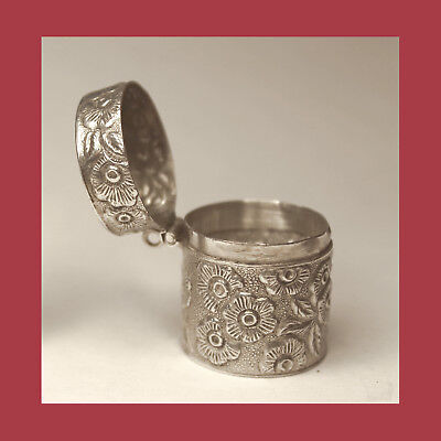 *1800s Victorian STERLING Silver FLORAL Sewing CHATELAINE THIMBLE Holder CASE!