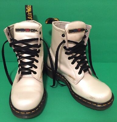 Vintage Doc Martens Pearl White Leather UK 5 US 7 Ladies Womens Boots 8 Eye