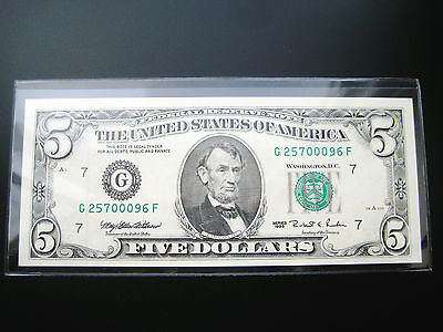 $5 1995 CHICAGO FEDERAL RESERVE NOTE CHOICE UNC  BU NOTE #257ooo96