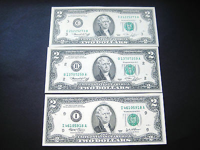 (2) $2 1976 And (1) $2 2003 Federal Reserve Note Choice Unc Note