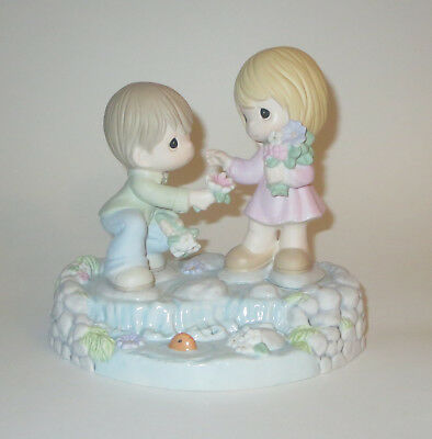 Loving Starts With You Precious Moments Figurine Collectors Club Rare NWOB New