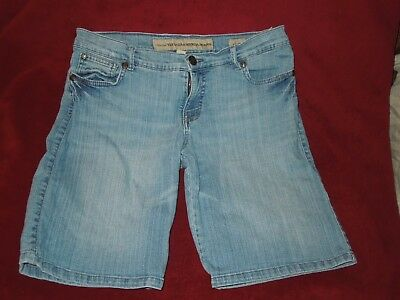 Nine West Vintage America Jeans Relaxed Long Shorts (Women's Size 6)