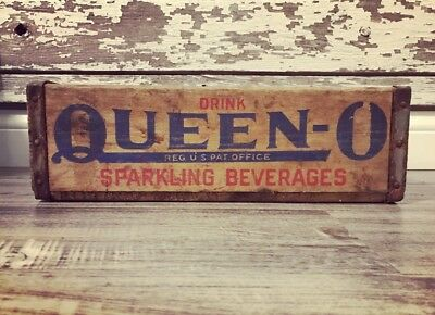 Vintage 1967 Drink Queen O Sparkling Beverages Wood Soda Crate Case Buffalo NY