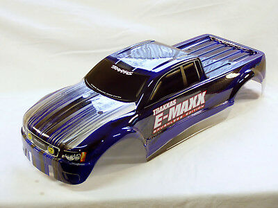 E-Maxx : Original Brushless E-Maxx Karosserie in Blau mit Decals - Neu !