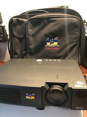 Viewsonic PJ551 Projector with Traveling Case