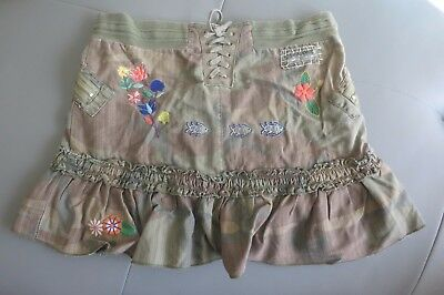 Da Nang Size 12 Med Skirt Camo W / Embroidery Details  Super Cute!