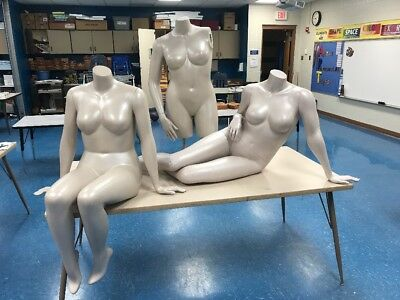 Sitting Reclining Mannequins Female Lot Of 3 Store Display