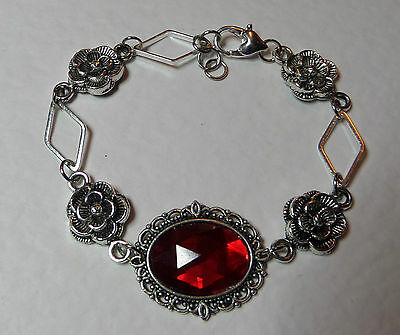 Victorian Style - Diamond Rose - Rich Red Ac Crystal Silver Plated Bracelet Dr