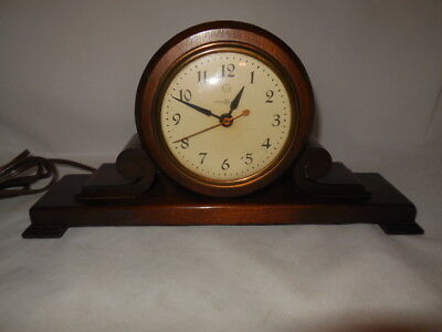 Vintage GE General Electric Clock Tabletop Very Nice Condition  Made In U.S.A.