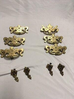 Vintage Lot of Antique Fancy SHABBY Provincial Brass Pull Handle Knobs Drawer