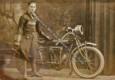 Indian Motorcycle Wall of Death Rider RARE Action Photo Reprint Pic Image M27