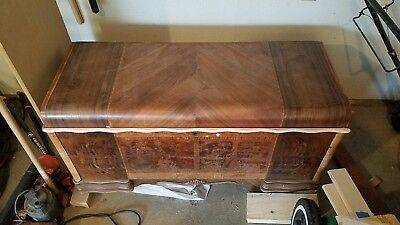 Vintage Lane Cedar Hope Chest with Felt Tray 1940's!