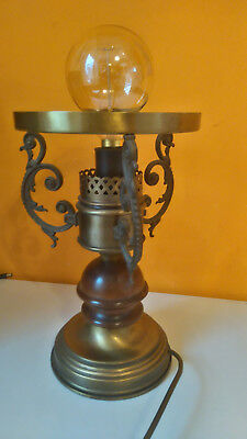 Antiques reproduction Brass Lamp
