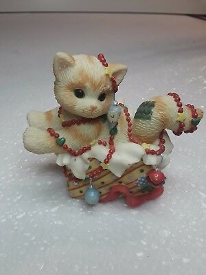 1999 Enesco CALICO KITTENS  All wrapped up in mew