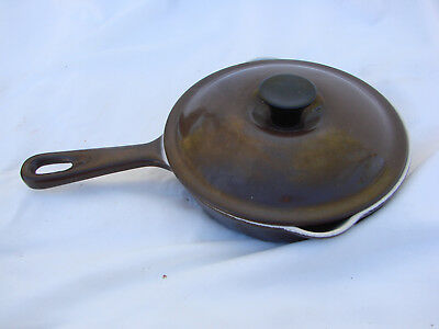 VTG Le Creuset 6.5 Emamel Ware Cast Iron Fry Pan #16 Brown White Double Spout
