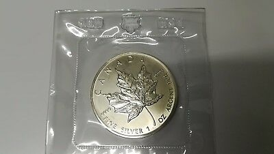 1989 Canadian Maple Leaf 1 oz .9999 Silver Coin