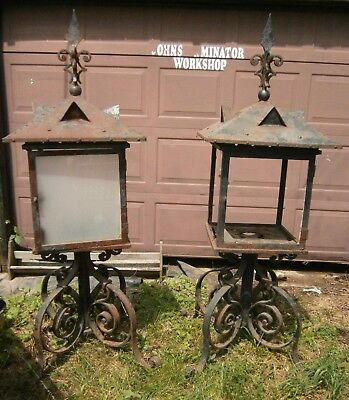 19th Century Iron Gas Lantern Lamps Outdoor Set for 12ft Columns