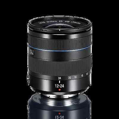 Samsung NX 12-24mm F4-5.6 i-Function lens (lens hood is not included)