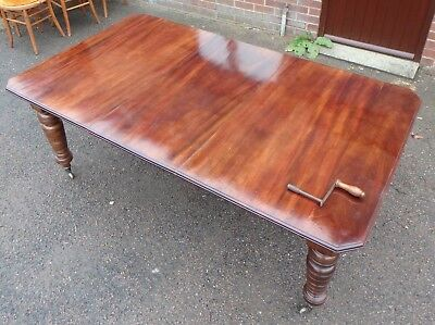Large Victorian antique solid figured mahogany extending dining table seats 10