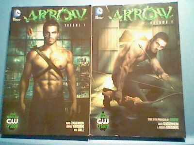 DC Comics ARROW Volume 1,2, GRAPHIC NOVEL, Green Arrow CW TV Show