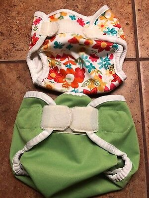 Lot of 2 cloth diaper covers (1 Thirsties Size SMALL, 1 mystery)
