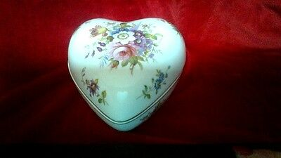 """HAMMERSLEY   """"Howard Sprays""""   Heart Shaped Trinket Box    Excellent Condition."""