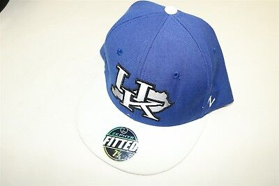 cheaper f8180 918e9 Kentucky Wildcats Uk - Zephyr Fitted Blue White State Outline Map Hat 7 5 8