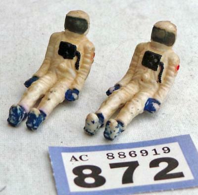 LV872   2 Astronauts for Vintage Dinky Toys No 355 Lunar Roving Vehicle