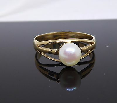 Fabulous Vintage 18K Gold Ring With Pearl - Nice Setting! Large Size 9