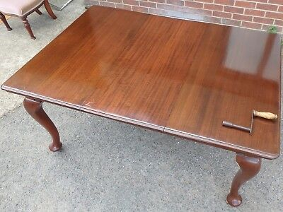 Victorian antique Queen Anne style solid mahogany extending dining table seats 8