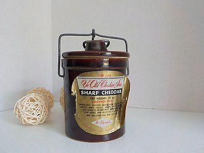 Vintage Cheese Pottery Crock Ye Old Cheshire Inn Sharp Cheddar It Spreads USA
