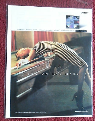 1998 Print Ad Sony Minidisc ~ Sexy Supermodel Tyra Banks Pool Table Billiards