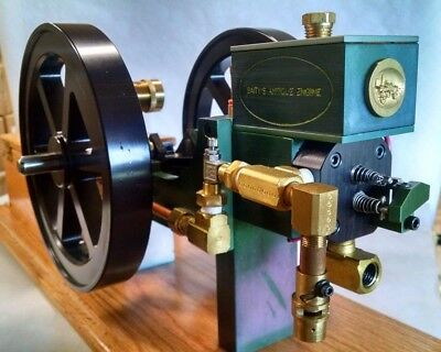 Working Hit and Miss Model Engine Gas Powered Waterloo Boy  Ready to Run -Green-