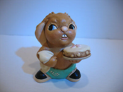 New Scoffer Pendelfin figurine bunny rabbit with box