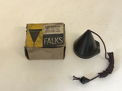 New Old Stock Vintage Falks Art Deco Brown Bakelite Ceiling Pull Light Switch