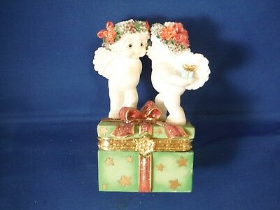 Dreamsicles Christmas Mistletoe Kiss Trinket Box
