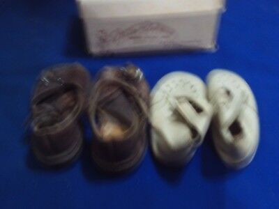 Vintage Little Kickers Shoe Box & 2 Pairs of Toddler / Baby Shoes