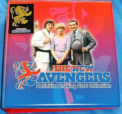 New Avengers Base & Chase Cards with Binder + 10 Pages by Strictly Ink (2006)