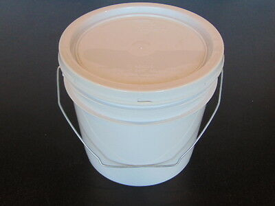 One Gallon Buckets with gasket lid. Box of 6, Food Grade - New