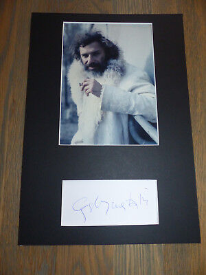 GEORGES MOUSTAKI (+2013) signed Autogramm in 20x30 cm Passepartout InPerson LOOK