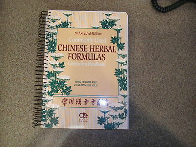2nd Revised Edition - Commonly Used Chinese Herbal Formulas Companion Hankdbook
