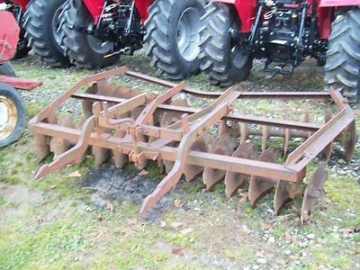 Original International Farmall  FastHitch Disc ; 8 feet wide ; Good Condition