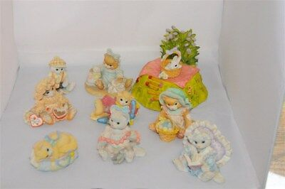Lot of 8 Calico Kittens with Little Cheesers Music Box Stand