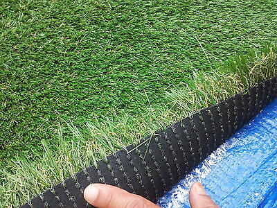30mm Artificial/ Synthetic Grass/Turf... Natural Looking Heavy Duty