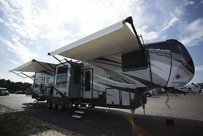 Holiday Special on this 2018 Cyclone 4005 5th Wheel Toy Hauler